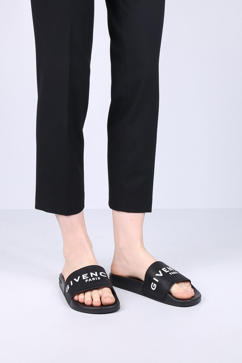 GIVENCHY: Givenchy rubber slide sandals Color Black_2