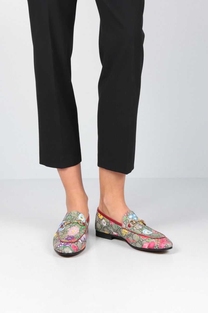 GUCCI: Jordaan loafers in GG Supreme canvas_2