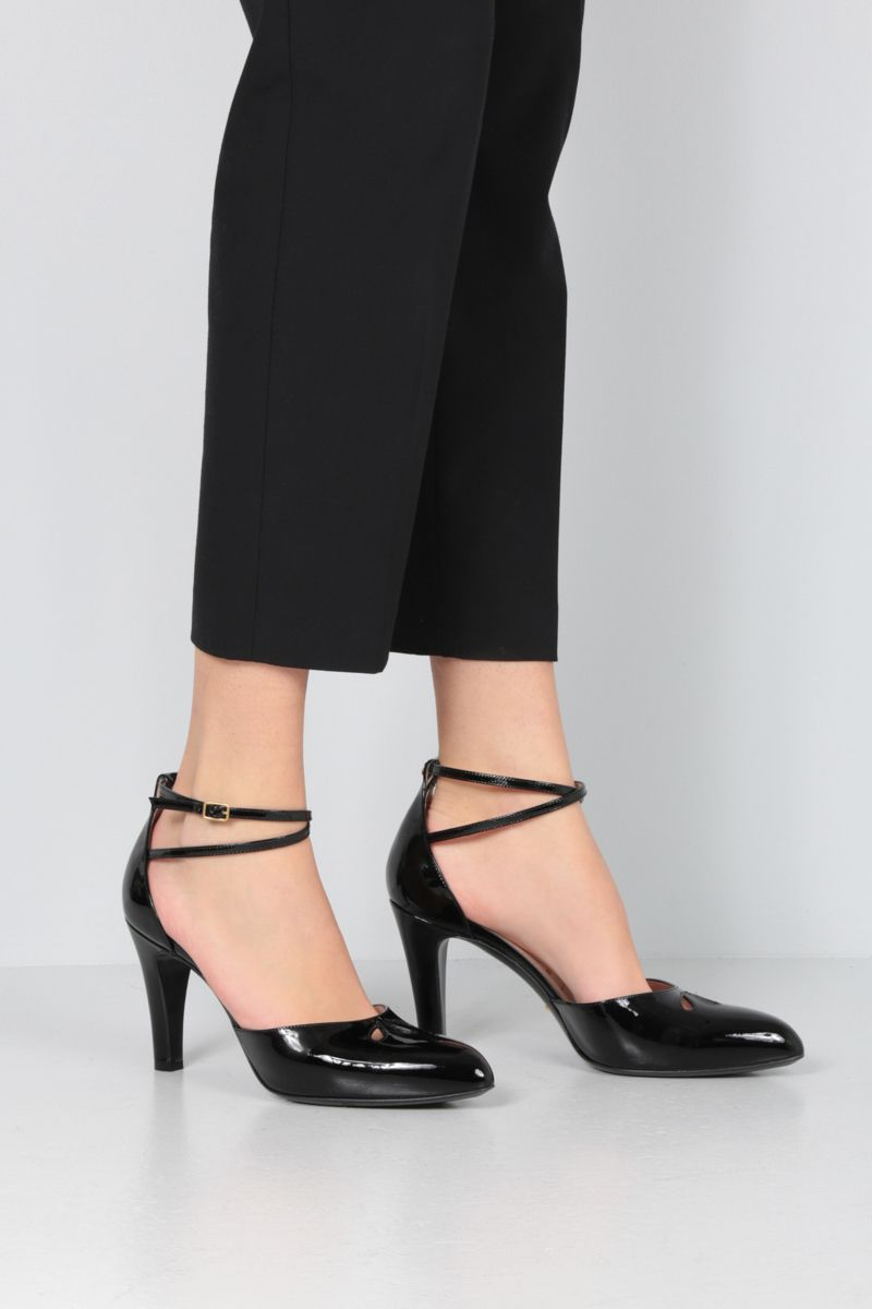 GUCCI: patent leather d'orsay pumps Color Black_2