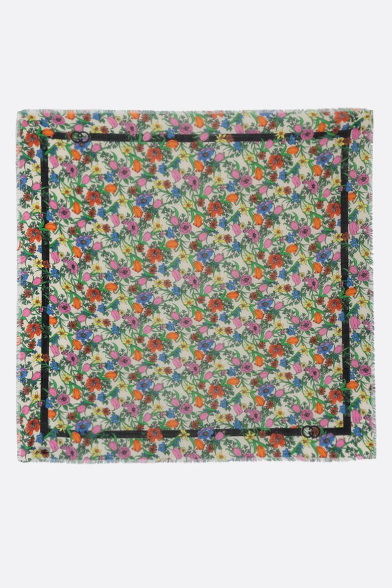 GUCCI: Flora Pop print wool scarf Color White_2