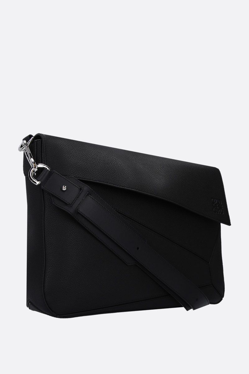 LOEWE: Puzzle messenger bag in grained leather Color Black_2