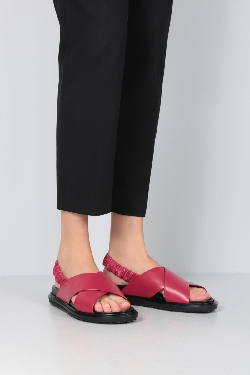 MARNI: Fussbett soft nappa leather flat sandals Color Red_2