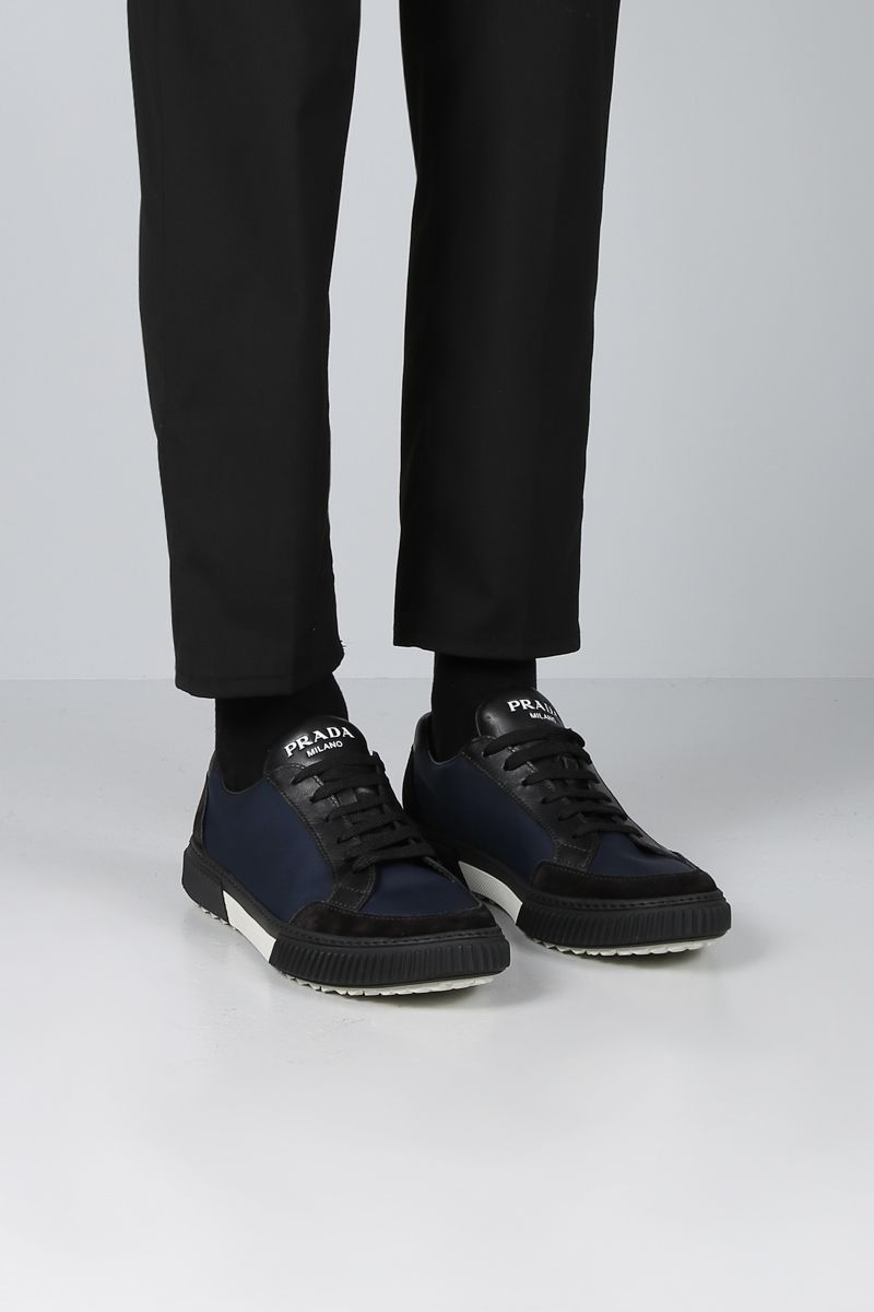 PRADA: sneaker low-top in nylon e suede Colore Nero_2