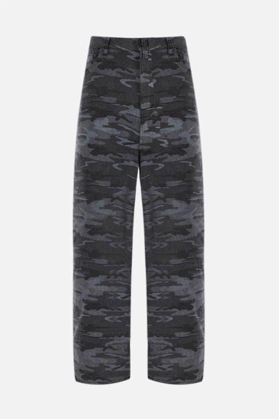 BALENCIAGA: jeans baggy-fit stampa camouflage Colore Multicolore_1