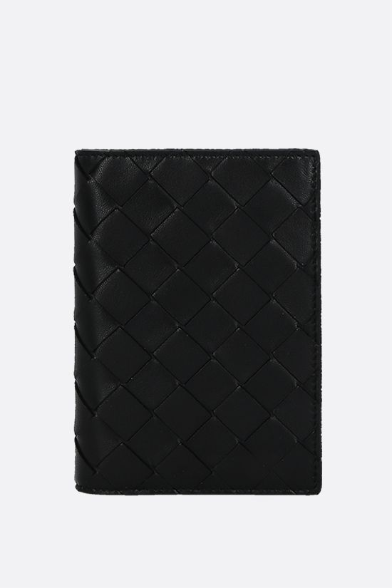 BOTTEGA VENETA: Intrecciato nappa passport holder Color Black_1