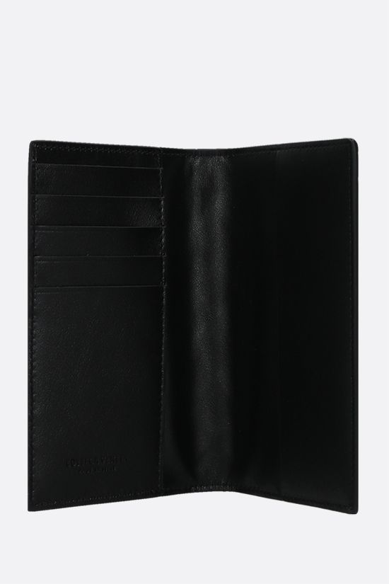 BOTTEGA VENETA: Intrecciato nappa passport holder Color Black_2