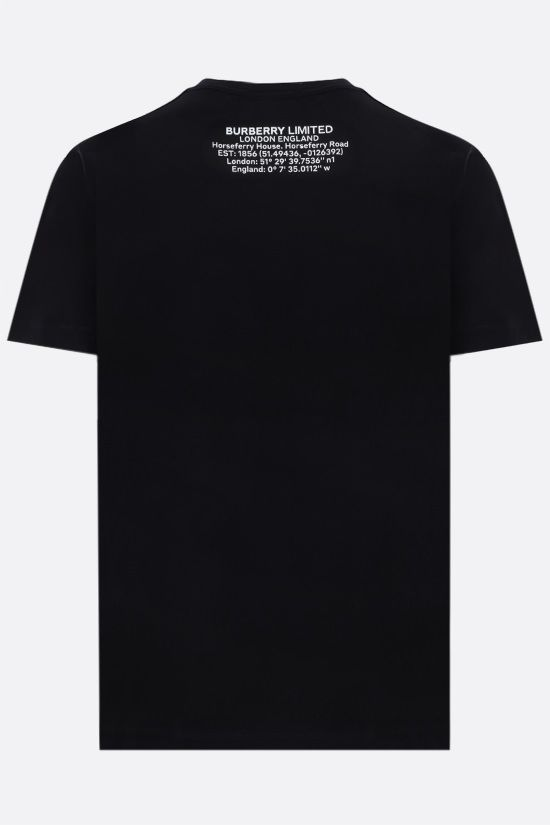 BURBERRY: t-shirt oversize in cotone stampa Shark Colore Nero_2