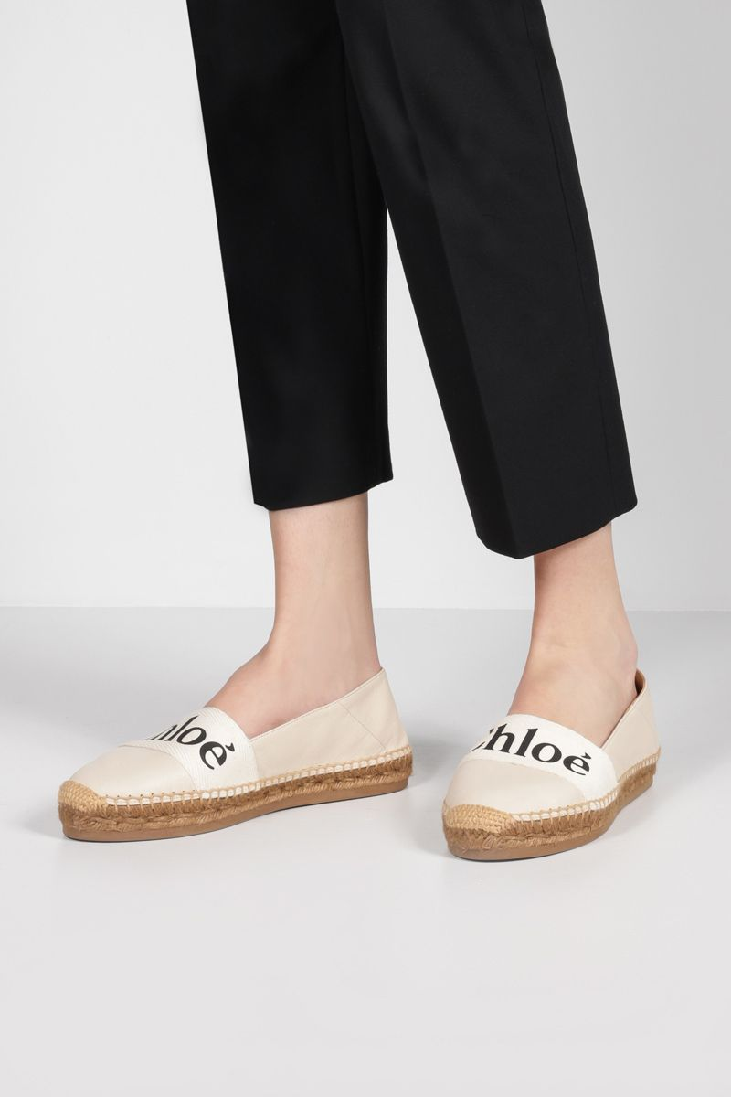 CHLOÈ: logo-detailed grainy leather espadrilles Color White_2