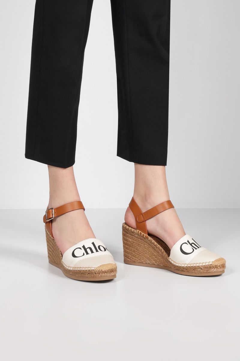 CHLOÈ: Woody grainy leather wedge espadrilles Color White_2