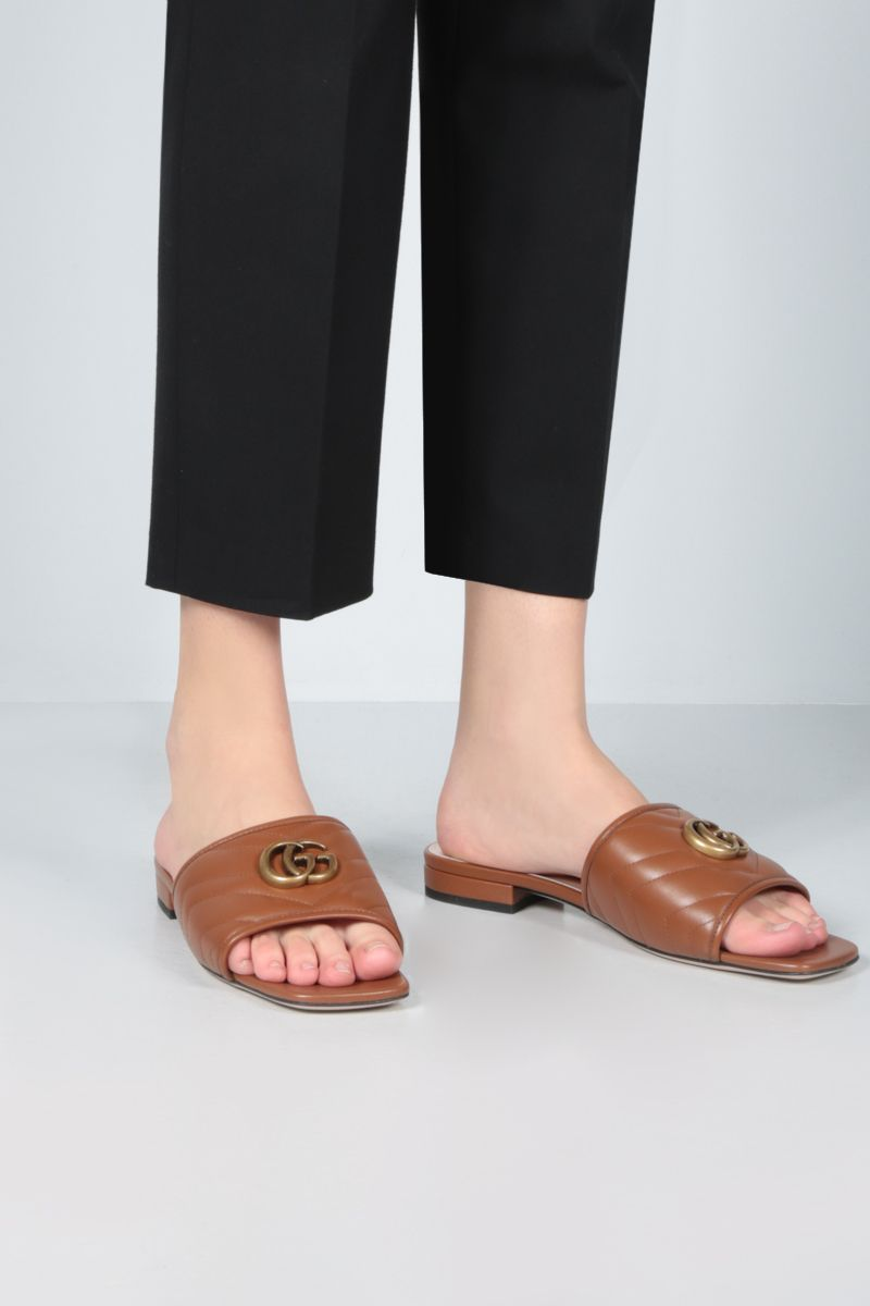 GUCCI: Charlotte quilted nappa slide sandals Color Brown_2