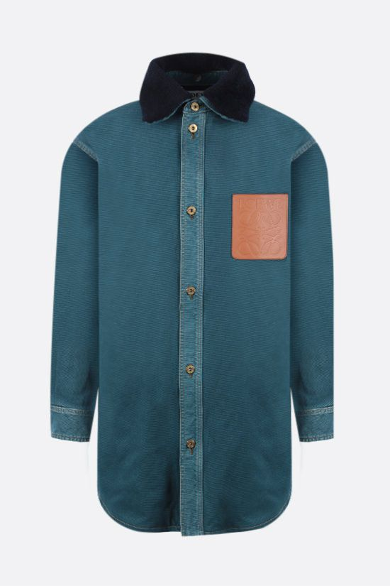 LOEWE: giacca-camicia oversize in denim con colletto in shearling Colore Verde_1