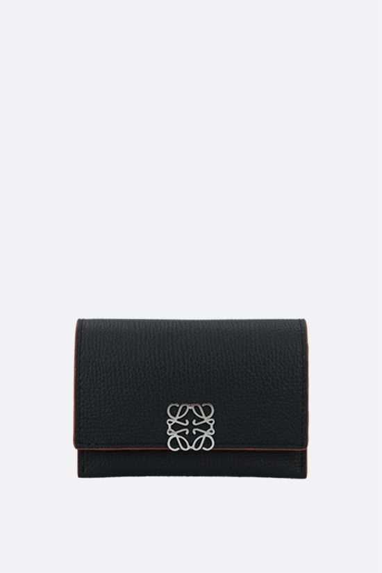 LOEWE: Anagram grainy leather flap card case Color Black_1