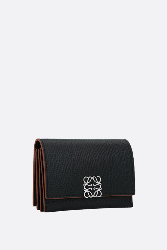 LOEWE: Anagram grainy leather flap card case Color Black_2