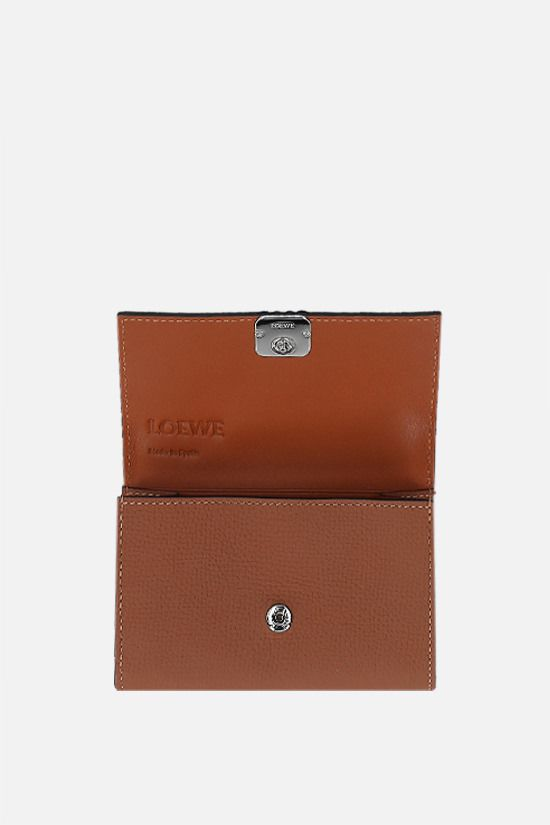 LOEWE: grainy leather chain wallet Color Brown_2