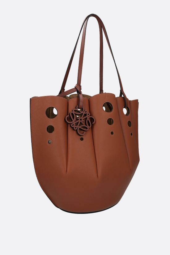 LOEWE: Shell tote bag in Classic leather Color Brown_2