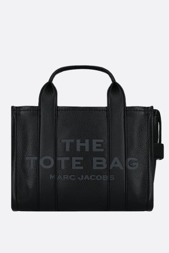 MARC JACOBS: The Traveler mini grainy leather tote bag Color Black_1