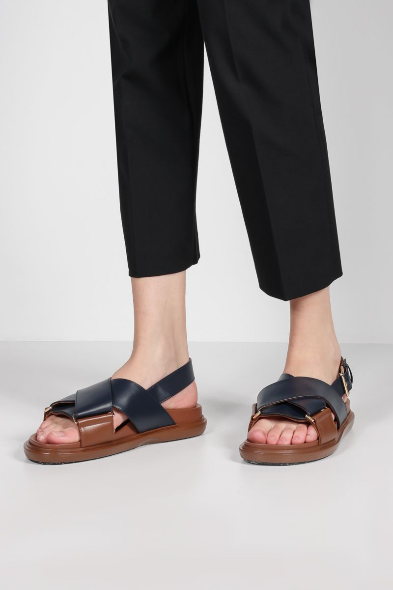 MARNI: Fussbett smooth leather flat sandals Color Blue_2