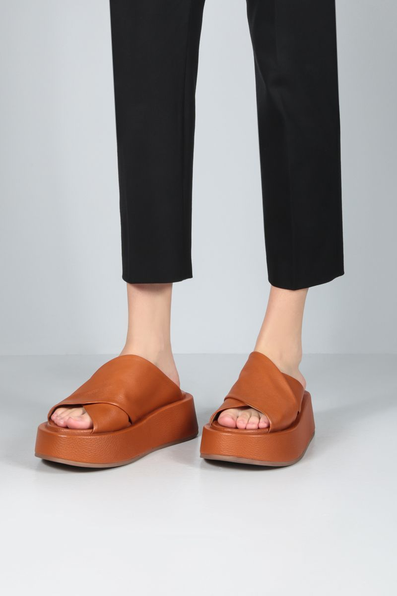 MARSELL: Piattaforma grainy leather sandals Color Red_2
