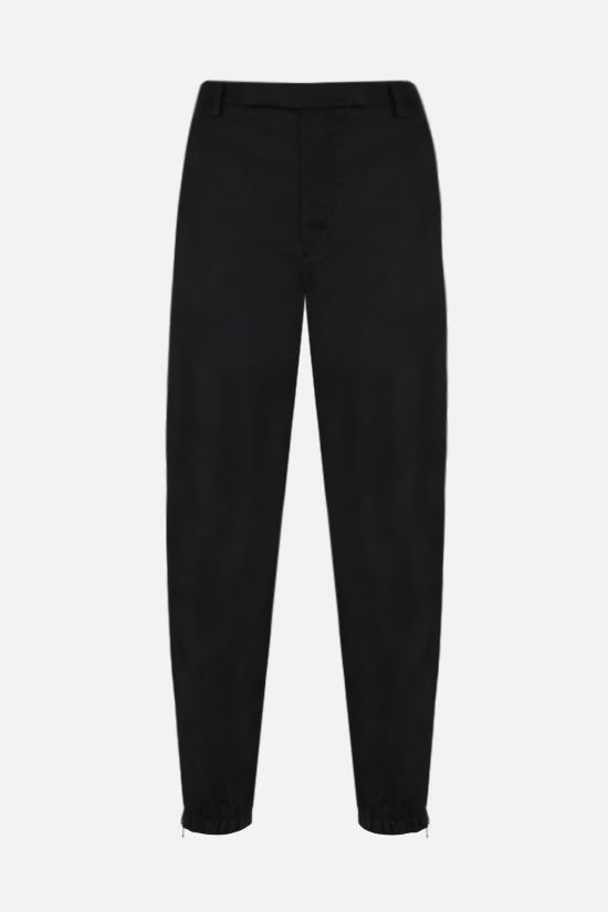 PRADA: pantalone jogging in Re-Nylon Colore Nero_1
