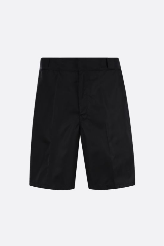 PRADA: pantalone corto in Re-Nylon Colore Nero_1