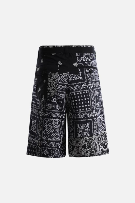 SACAI: Bandana print toile shorts Color Black_2