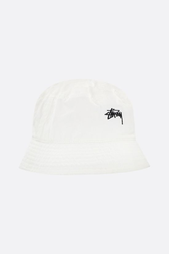 STUSSY: logo embroidered gabardine bucket hat Color Neutral_2