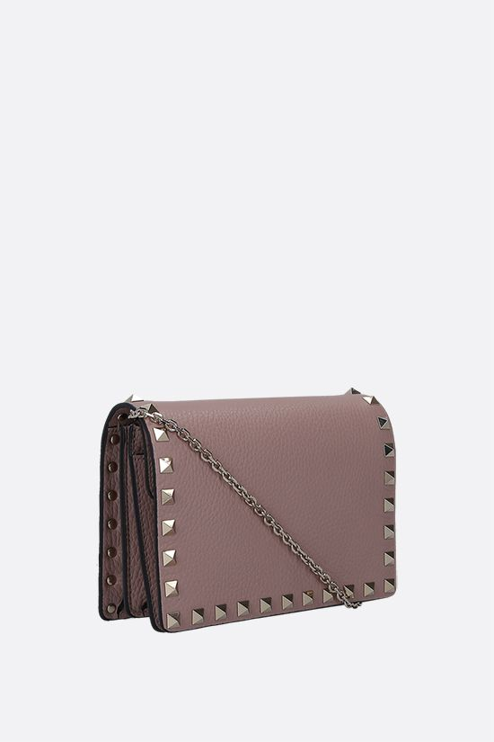 VALENTINO GARAVANI: Rockstud grained leather chain clutch Color Neutral_2