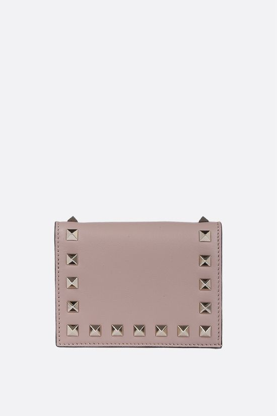 VALENTINO GARAVANI: Rockstud smooth leather flap wallet Color Neutral_1
