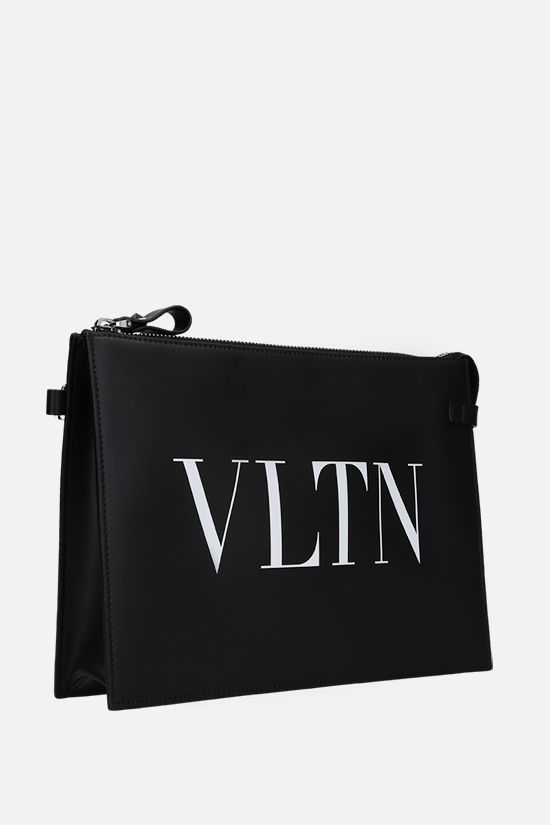 VALENTINO GARAVANI: VLTN smooth leather pouch Color Black_2
