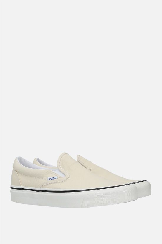 VANS: Classic canvas slip-on sneakers Color White_2