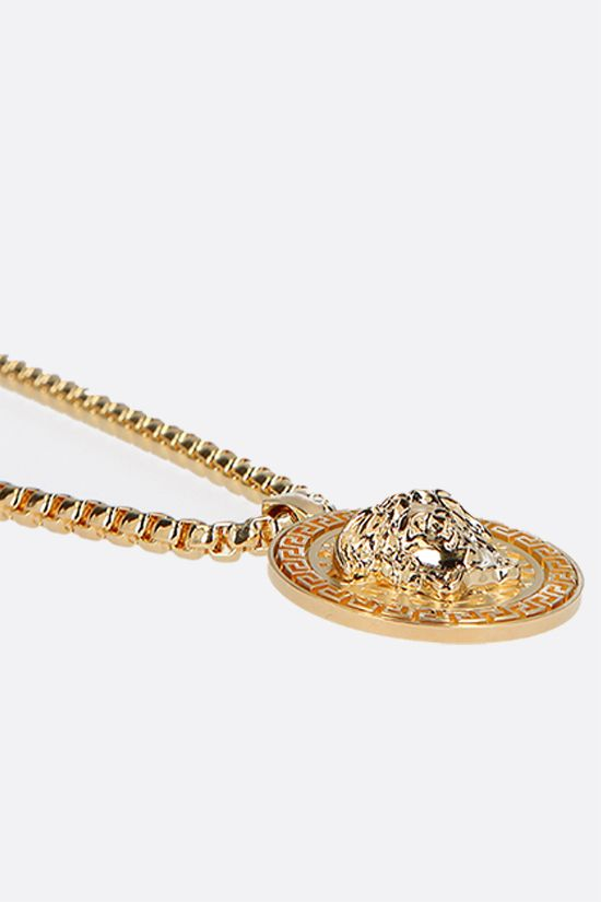 VERSACE: Medusa medallion-detailed chain necklace Color Gold_2