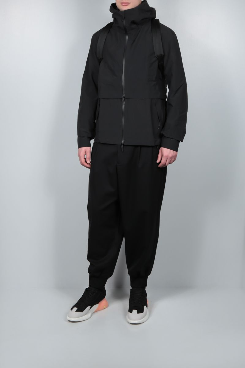Y-3: Gore-Tex windbreaker Color Black_2