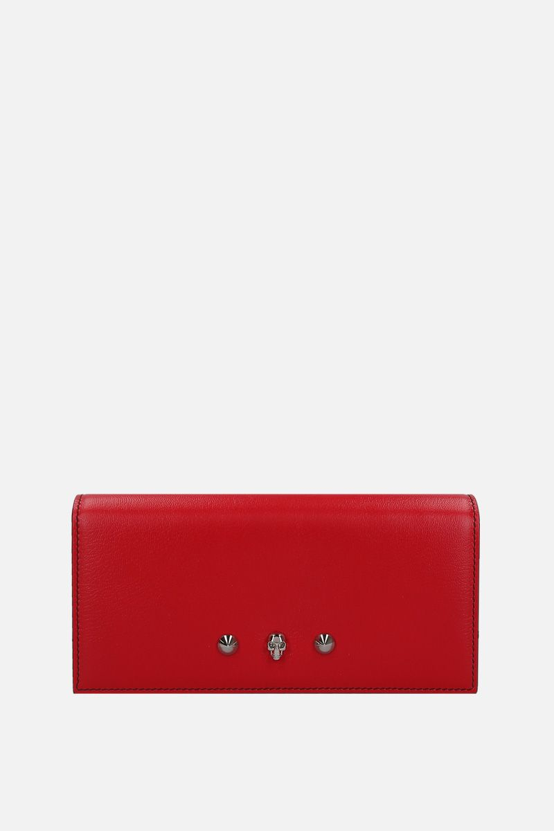 ALEXANDER McQUEEN: grainy leather chain clutch with Skull and studs Color Red_1