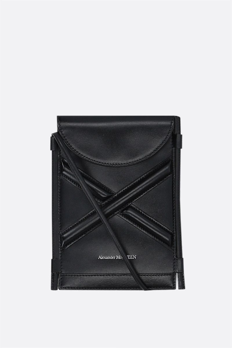 ALEXANDER McQUEEN: The Curve smooth leather smartphone holder Color Black_1