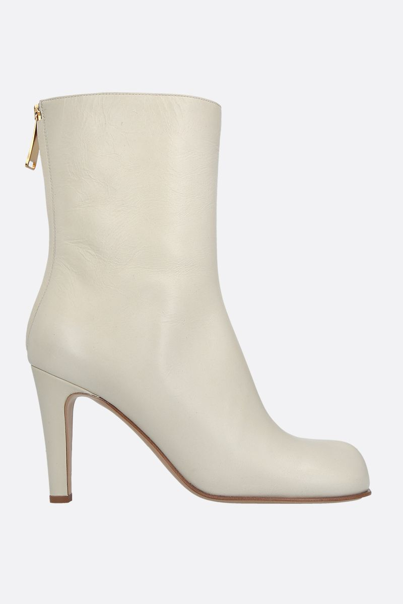 BOTTEGA VENETA: crakled-vintage effect leather ankle boots Color White_1