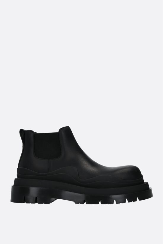BOTTEGA VENETA: BV Tire smooth leather chelsea boots Color Black_1
