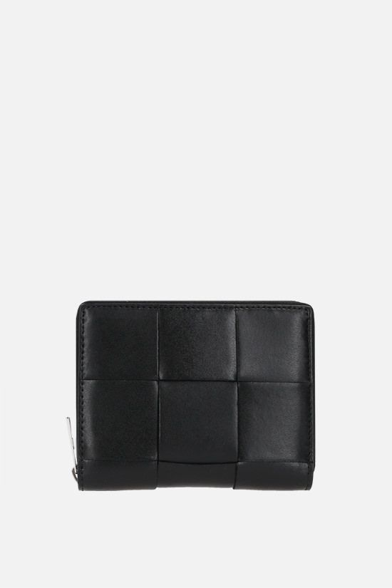 BOTTEGA VENETA: Maxi Intrecciato zip-around wallet Color Black_1