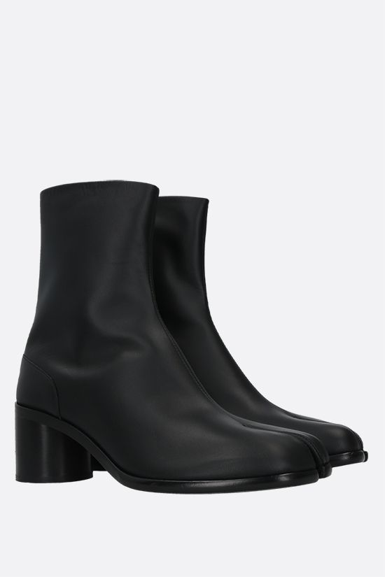 MAISON MARGIELA: Tabi smooth leather ankle boots Color Black_2