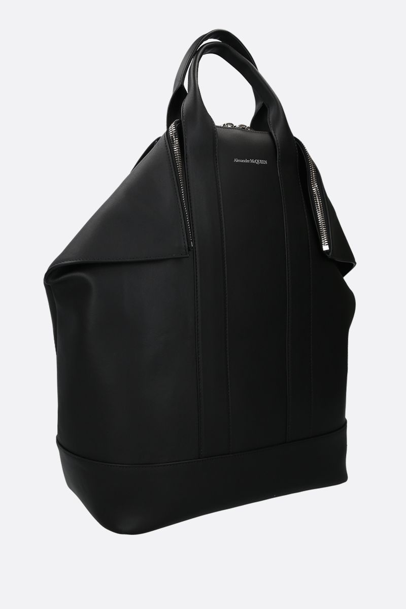 ALEXANDER McQUEEN: De Manta smooth leather backpack Color Black_2
