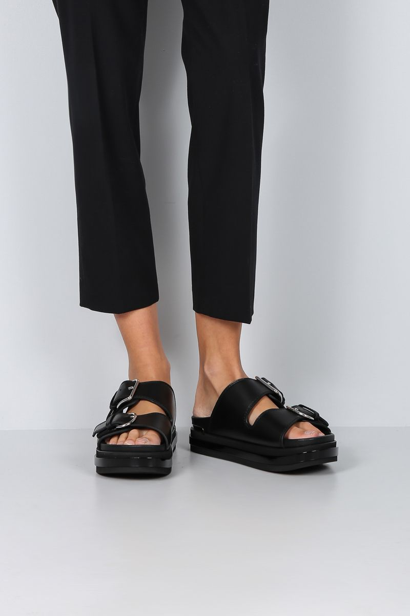 ALEXANDER McQUEEN: smooth leather flatform sandals Color Black_2