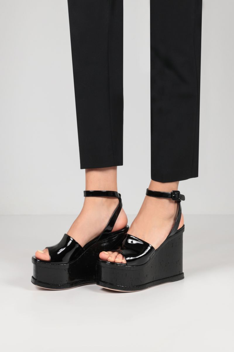 HAUS OF HONEY: Laquer Doll patent leather wedge sandals Color Black_2