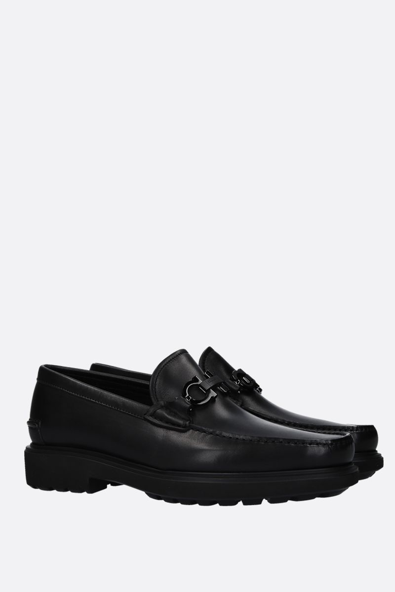 SALVATORE FERRAGAMO: Gotham loafers in smooth leather Color Black_2