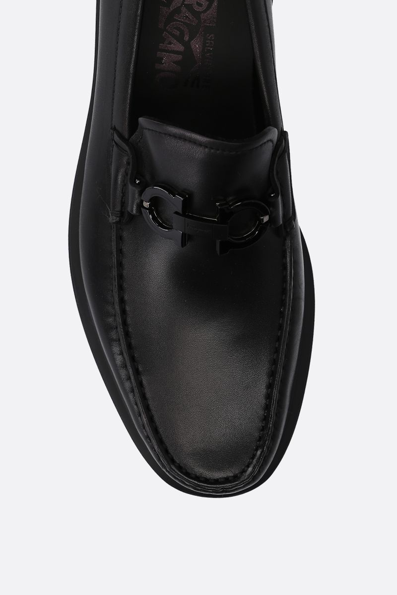 SALVATORE FERRAGAMO: Gotham loafers in smooth leather Color Black_4