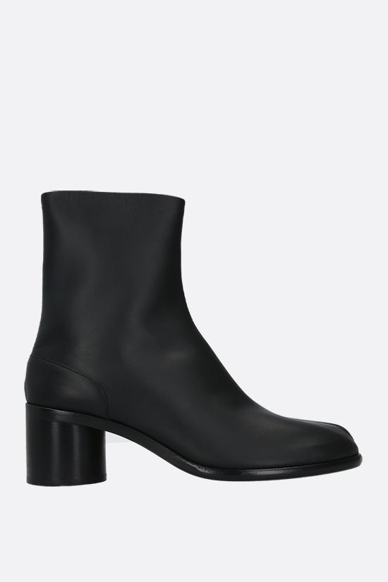 MAISON MARGIELA: Tabi smooth leather ankle boots Color Black_1