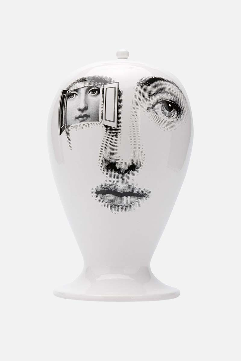 FORNASETTI: Alla Finestra ceramic vase Color White_2
