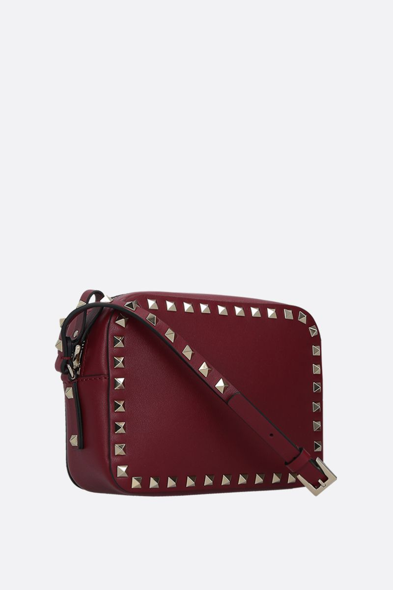 VALENTINO GARAVANI: Rockstud small smooth leather camera bag Color Red_2