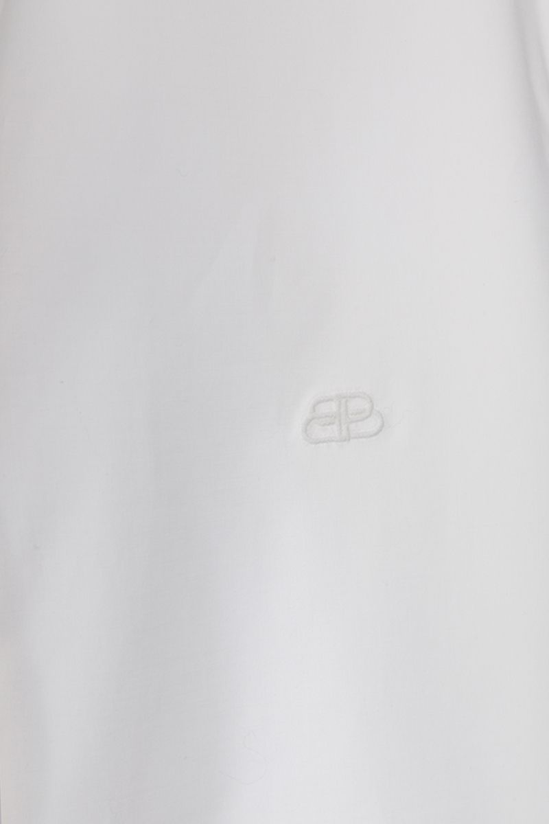 BALENCIAGA: BB logo emrbroidered poplin long-fit shirt Color White_3