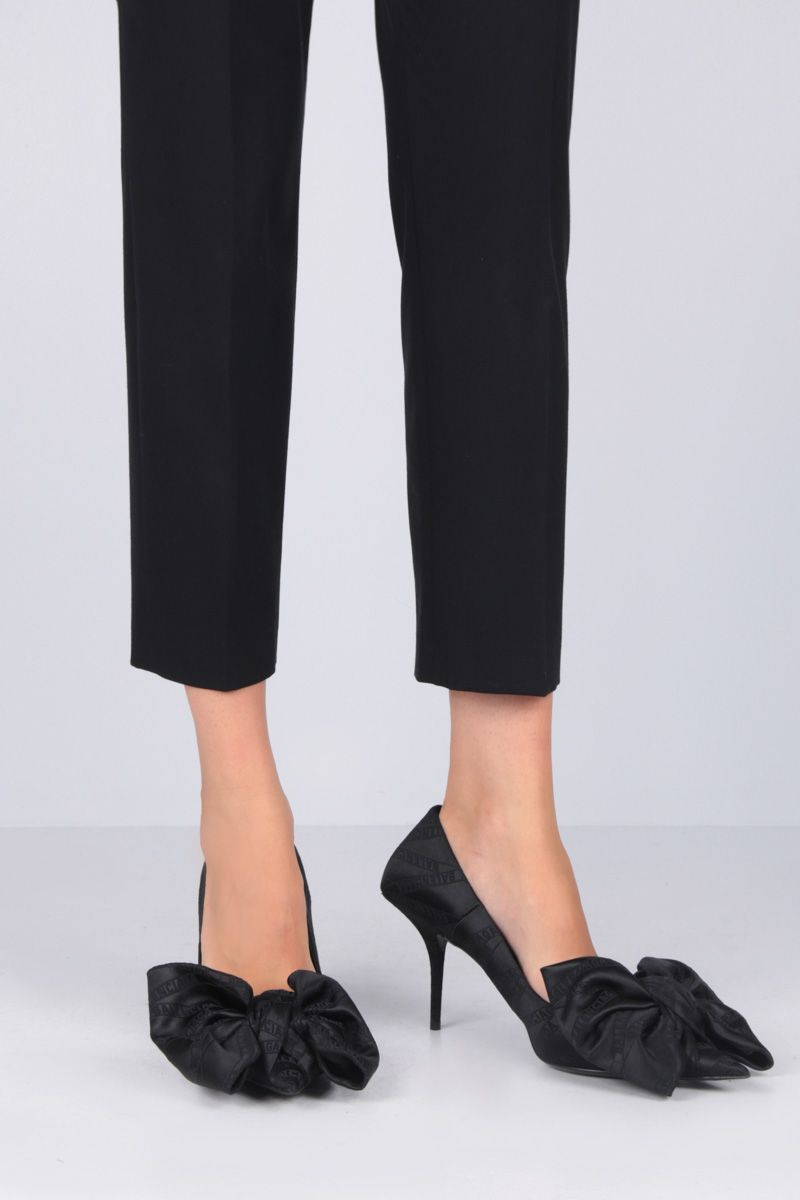 BALENCIAGA: Square Knife Bow pumps in jaquard Color Black_2