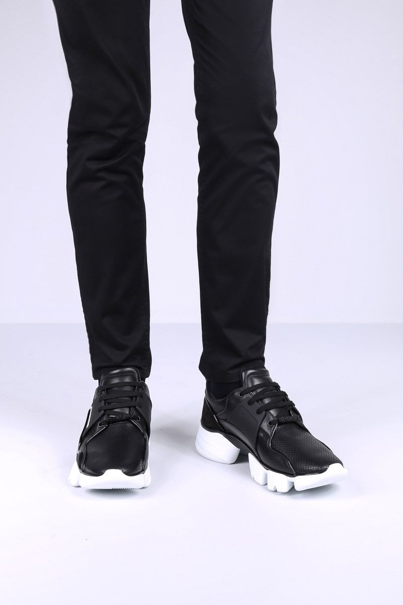 GIVENCHY: sneaker Jaw in pelle e suede Colore Nero_2