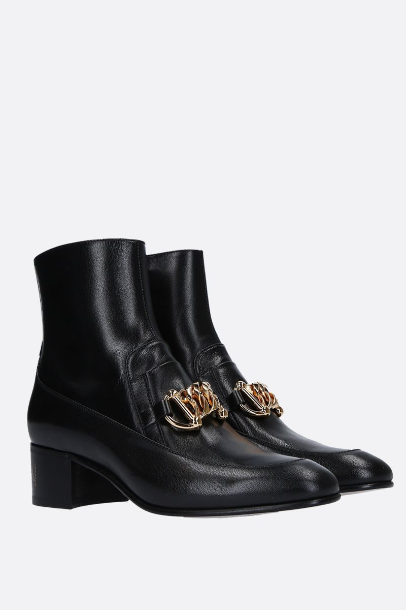 GUCCI: shiny leather ankle boots with chain horsebit Color Black_2